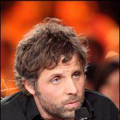 """Regardez Stéphane Guillon réagir à son licenciement : """"Je n'irai pas sur une autre radio"""" !"""