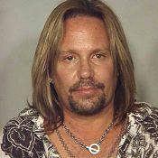 Vince Neil, chanteur de Mötley Crüe, arrêté !