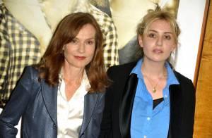 Isabelle Huppert et sa ravissante fille Lolita Chammah, lumineuses à...