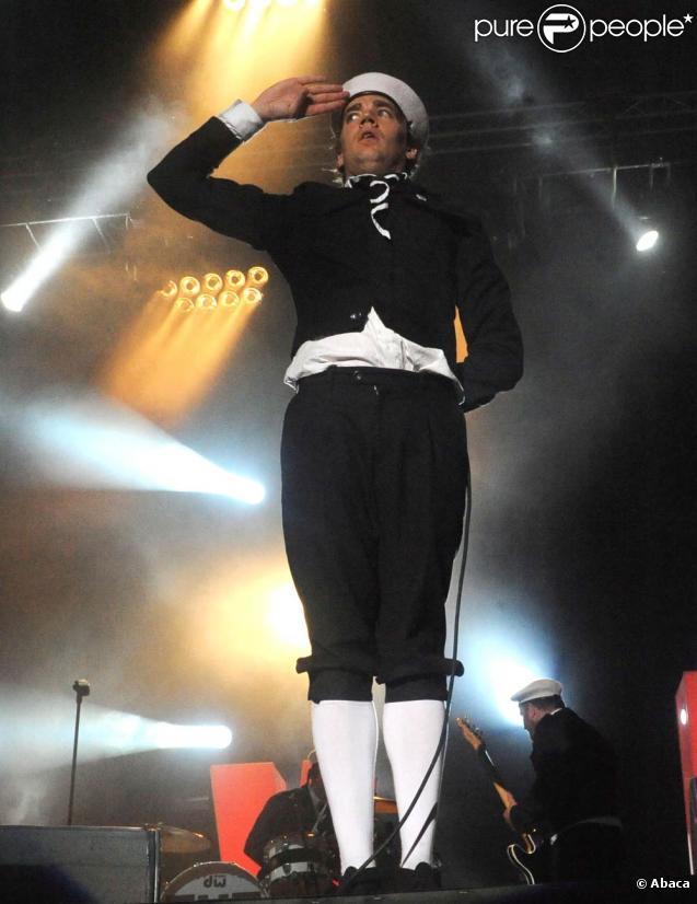 Les Eurockéennes de Belfort, en 2010, ont connu un net recul de la fréquentation : à peine 80 000 festivaliers contre 95 000 en 2009. Moins de budget, mais tout de même de gros shows, comme celui de The Hives.