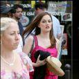Leighton Meester sur le tournage de Gossip Girl à Paris, le 6 juillet 2010