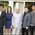 Le réalisateur M. Night Shyamalan, Nicola Peltz, le producteur Frank Marshall, Jackson Rathbone et Dev Patel présentent leur film  Le  Dernier Maître de l'Air  à l'hôtel Bristol à Paris, vendredi 9  juillet.