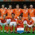 """""""Tacle"""" de Nigel de Jong sur Xavi Alonso lors de la finale Espagne-Pays-Bas le 11 juillet 2010"""