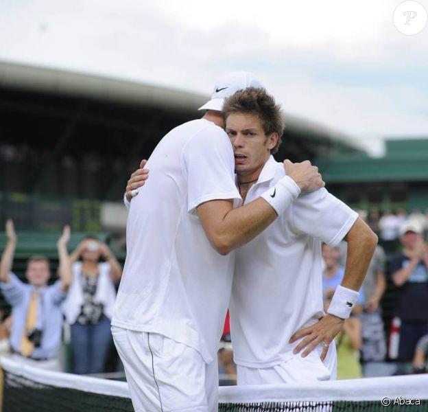 Wimbledon 2010 : le Français Nicolas Mahut et l'Américain John Isner sont entrés dans la légende, avec leur match qui a duré... 11h05 !