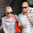 Emma Bunton et son boyfriend Jade Jones sortent d'un studio de télévision, à Londres, lundi 2 août.