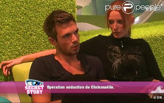 Maxime tente de charmer Chrismaëlle pour éviter d'être nominé dans Secret Story 4