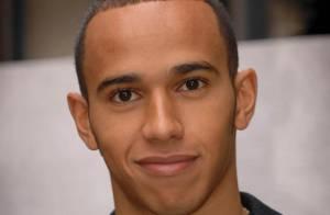 Le pilote de Formule 1 Lewis Hamilton condamné à 578 euros d'amende pour excès de vitesse...