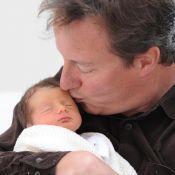 David Cameron : le premier ministre anglais vous présente son nouveau-né !