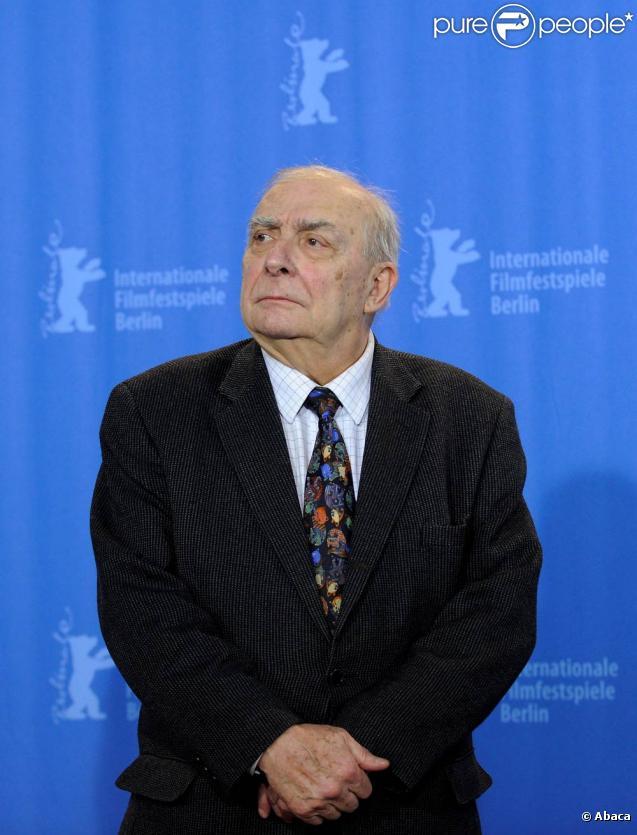 Claude Chabrol a été enterré au Père-Lachaise, à Paris, le 17 septembre 2010.