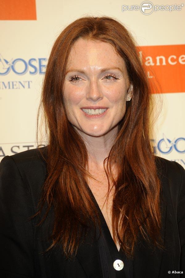 Julianne Moore, bientôt en tournage des  Grand-Mères.