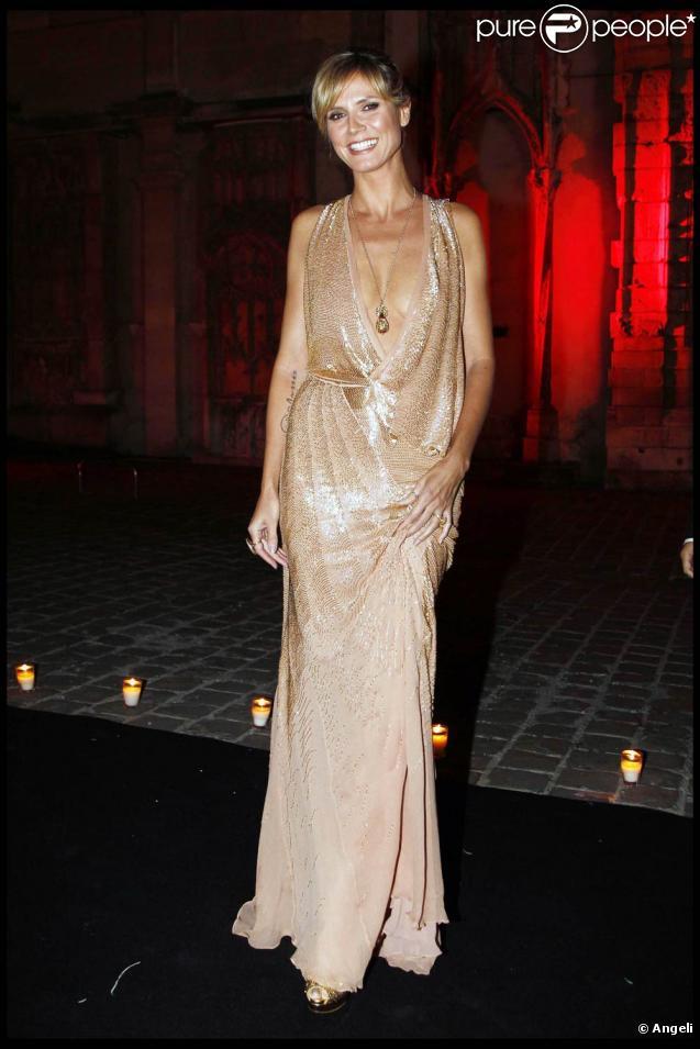 Heidi Klum à l'occasion des 40 ans de la maison Cavalli qui s'est tenu aux Beaux-Arts, dans le cadre de la Fashion Week, à Paris, le 29 septembre 2010.
