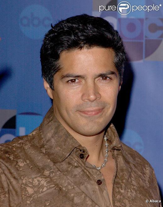 Esai Morales à Los Angeles en janvier 2004