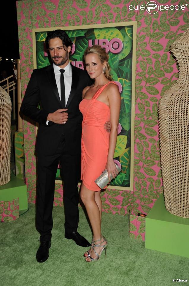 L'acteur Joe Manganiello s'est fiancé à sa petite amie, l'actrice et top  model Audra Marie, lors d'un voyage romantique en Italie.
