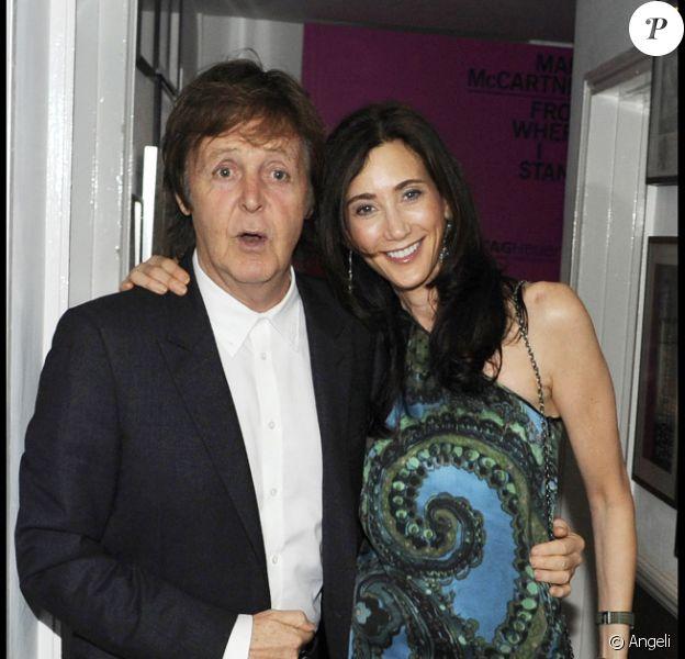 Paul McCartney et sa fille Mary lors du lancement du livre de Mary McCartney à Londres le 21/10/10