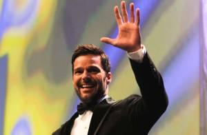 Ricky Martin revient en musique... avec deux partenaires de charme !