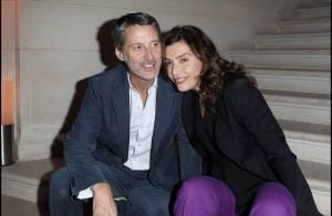 Antoine de Caunes et sa belle Daphné Roulier, entourés des Miss France !