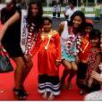 Les filles accueillies comme des princesses aux Maldives (11 novembre 2010)