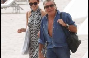 Roberto Cavalli en charmante compagnie sur la plage... Sans sa femme !