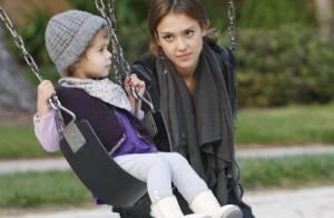 Jessica Alba retombe en enfance avec sa fille, et elle est irrésistible!