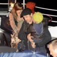 Angelina Jolie, Brad Pitt, et leurs enfants, sur une péniche sur la Seine pour l'anniversaire de Pax, à Paris, le 27 novembre 2010