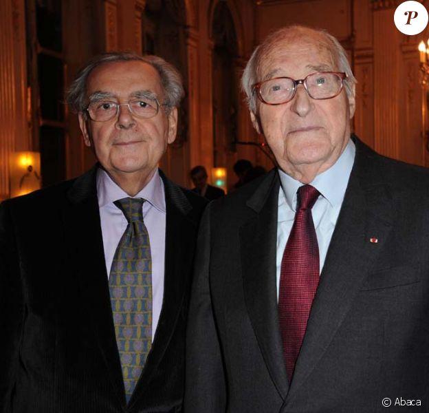 Remise de médailles au ministère de la culture, le 14 décembre 2010 à Paris : Bernard Pivot et Alain Decaux