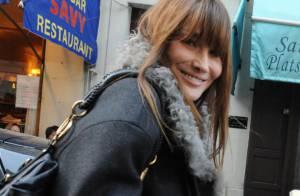 Carla Bruni : Avec son look de rue, elle fait carton plein !
