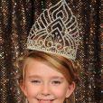 Election de mini-Miss France 2011 : Oceane Scharre est la grande gagnante ! (19 décembre 2010 à Paris)