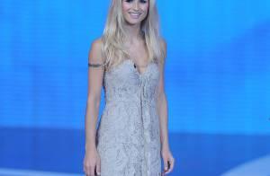 Michelle Hunziker : Quand la blonde glaciale devient une brune torride !