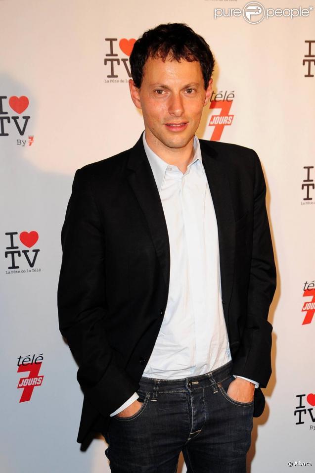 Marc-Olivier Fogiel anime la matinale d'Europe 1, du lundi au vendredi.