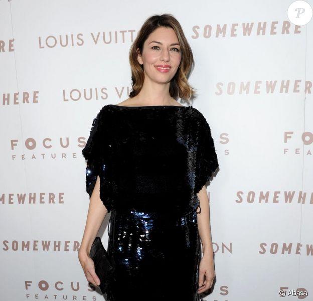 Fan de Louis Vuitton, Sofia Coppola fait honneur à la marque avec une robe à sequins à Los Angeles, le 7 décembre 2010.