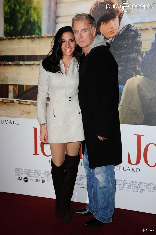Franck Dubosc et sa femme Danielle à l'occasion de l'avant-première du  Fils à Jo , au Gaumont Marignan, sur les Champs-Elysées, à Paris, le 6 janvier 2011.