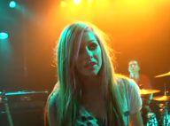 Avril Lavigne : Entrez dans les coulisses du tournage de son clip très rock !