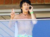 Ronnie Wood : Le guitariste des Rolling Stones a vraiment un corps d'ado !