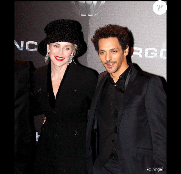Tomer Sisley et Sharon Stone à la première du film Largo Winch II, à Paris. Janvier 2011
