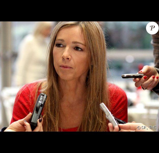 Hélène Rollès revient dans Les Mystères de l'Amour, nouvelle fiction diffusée sur TMC à partir du samedi 12 février à 16h45.