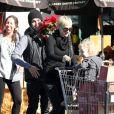 Dernière apparition en famille du couple Simpson-Wentz le 24 novembre 2010