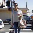 Eva Longoria fait du shopping à Los Angeles le 11 février 2011