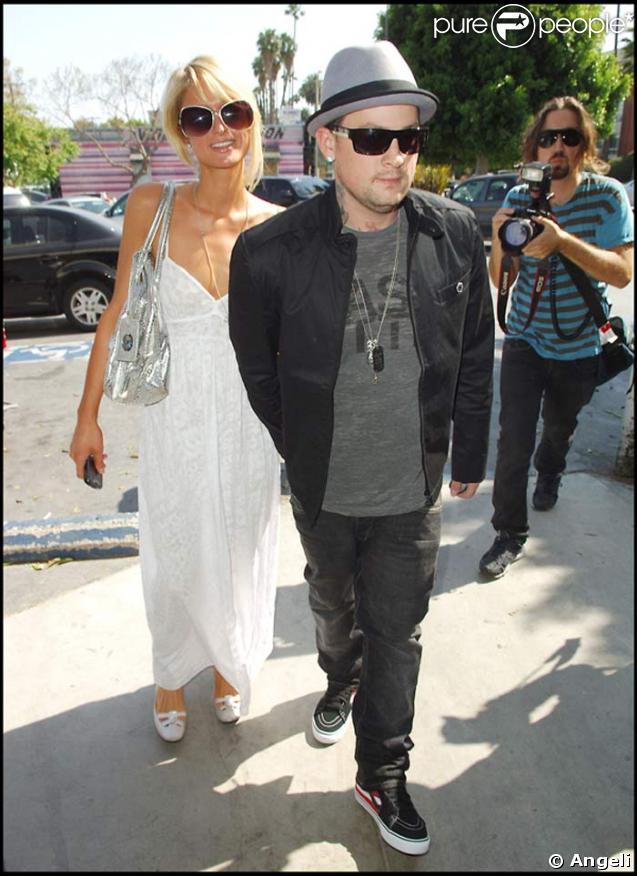 Paris Hilton et Benji Madden font leurs courses au Pet Shop