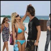 Shauna Sand : Son jeune mari ne bouge pas quand un autre homme la caresse !