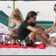 Shauna Sand et son nouveau mari Laurent, à la plage à Miami, le 24 février 2011