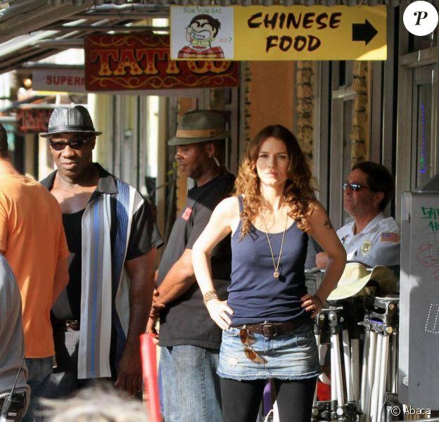 Michael Clarke Duncan, Geoff Stults et Saffron Burrows en plein tournage de The Locator, le spin-off de Bones, à Miami le 25 février 2011