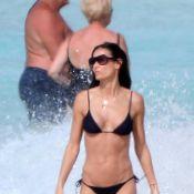Demi Moore fait son show sur la plage... Mamma mia !