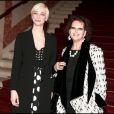 Francesca Inaudi et Claudia Cardinale lors de la présentation du téléfilm Frères d'Italie pour Arte le 28 février 2011 à Paris