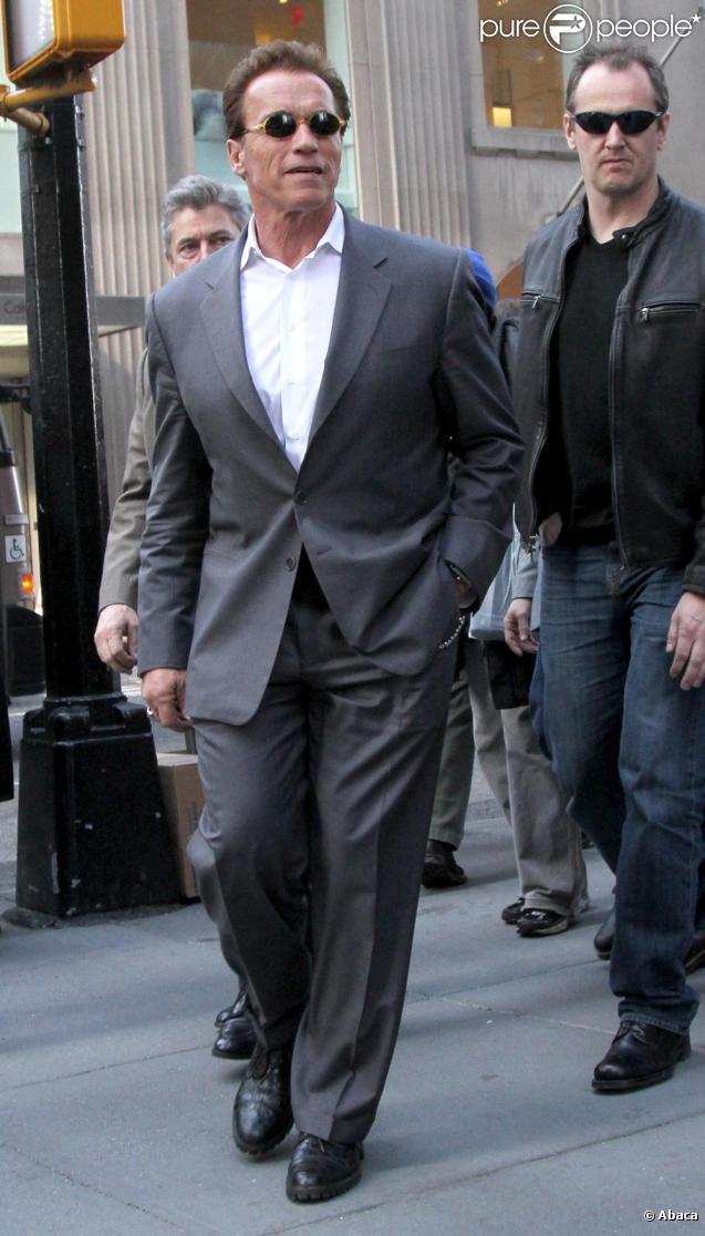 Arnold Schwarzenegger dans les rues de New-York le 17 mars 2011