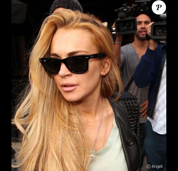 La membre du personnel de Betty Ford avec qui s'est battue Lindsay Lohan a abandonné les poursuites contre elle.