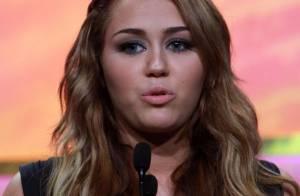Miley Cyrus : Nouveau scandale, une poupée gonflable à son effigie !