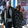 David Schwimmer et sa femme Zoe Buckman enceinte de leur premier enfant dans les rues de New York, le 14 février 2011.
