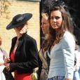 Kate Middleton, qui épousera le prince William le 29 avril 2011, a  progressivement affiné, au propre comme au figuré, sa silhouette au  cours des années.