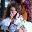 Suri Cruise et sa maman adorent prendre un thé chez Alice's Teacup... Même en pyjama ! Un nouveau caprice de la starlette ? New York, 2 avril 2010