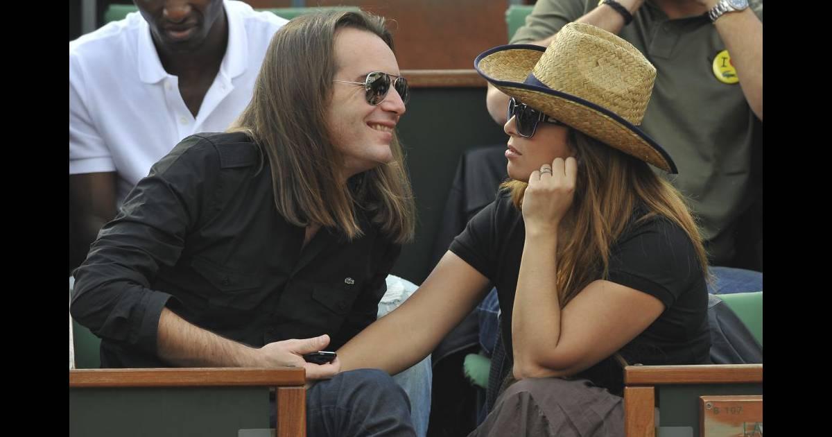 H l ne s gara et son mari mathieu lecat rolland garros le 2 juin 2010 purepeople - Helene darroze et son mari ...